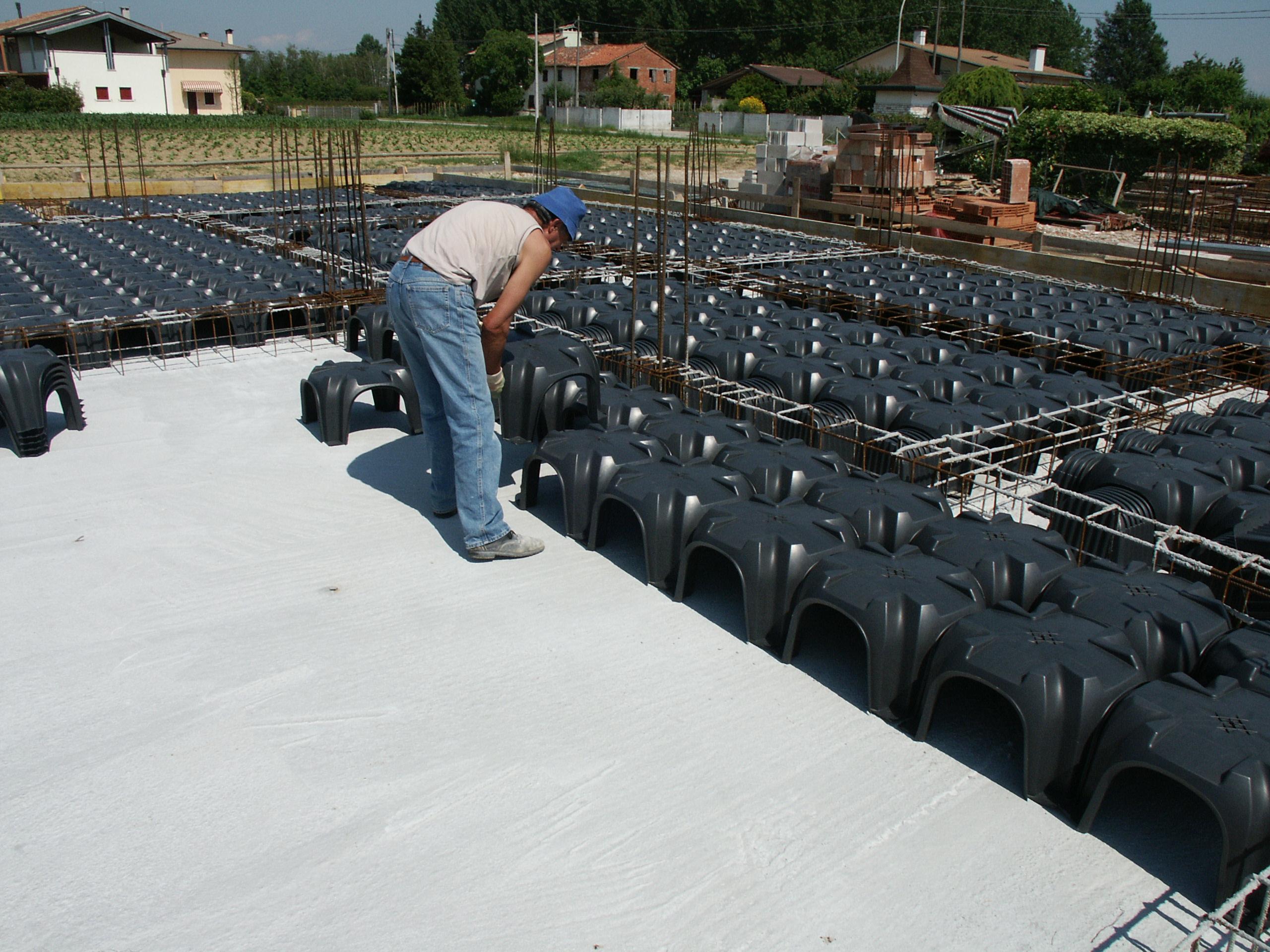 Cofraje pierdute pentru realizarea pardoselilor ventilate monolit GEOPLAST - Poza 16