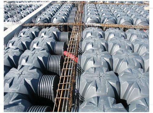 Executie, montaj Cofraje pierdute pentru realizarea pardoselilor ventilate monolit GEOPLAST - Poza 35