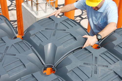 Executie, montaj Sistem de cofraje pierdute pentru pardoseli ventilate la cladiri rezidentiale si industriale GEOPLAST - Poza 5