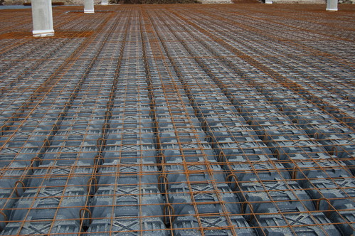 Executie, montaj Sistem de cofraje pierdute pentru pardoseli ventilate la cladiri rezidentiale si industriale GEOPLAST - Poza 19