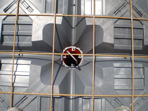 Executie, montaj Sistem de cofraje pierdute pentru pardoseli ventilate la cladiri rezidentiale si industriale GEOPLAST - Poza 21