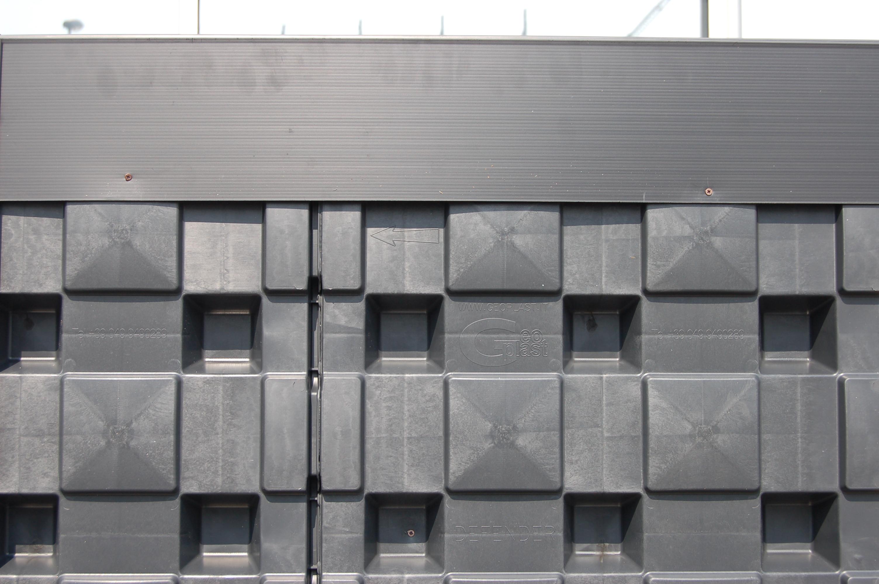 Sistem pentru protejarea peretiilor din subsoluri GEOPLAST - Poza 3