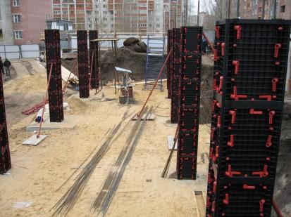 Cofraje modulare refolosibile pentru coloane patrate vazute de aproape GEOTUB PANEL Cofraje modulare refolosibile pentru coloane