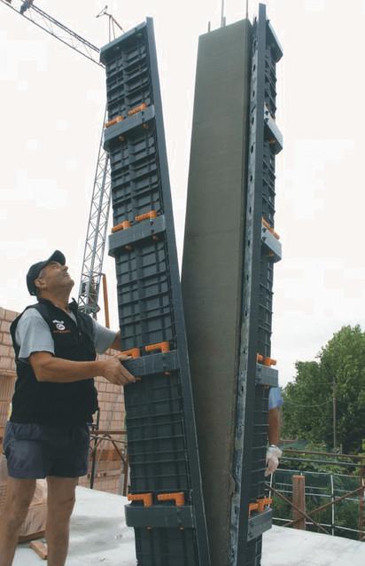 Indepartarea cofrajului modular refolosibil pentru coloana patrata GEOTUB PANEL Cofraje modulare refolosibile pentru coloane patrate sau