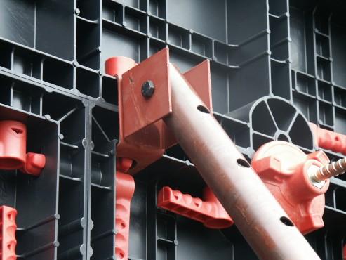Executie, montaj Cofraje refolosibile din material plastic pentru zidari GEOPLAST - Poza 1
