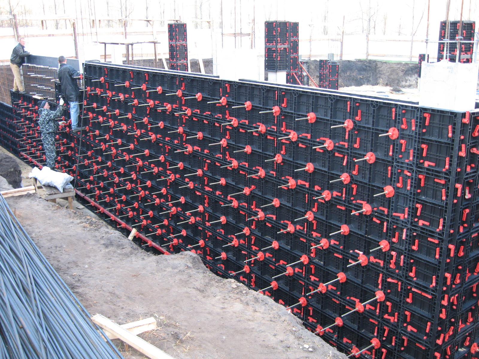 Cofraje refolosibile din material plastic pentru zidari GEOPLAST - Poza 2