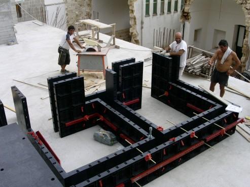 Executie, montaj Cofraje refolosibile din material plastic pentru zidari GEOPLAST - Poza 6