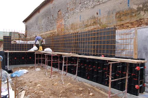 Executie, montaj Cofraje refolosibile din material plastic pentru zidari GEOPLAST - Poza 12