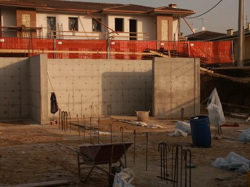 Executie, montaj Cofraje refolosibile din material plastic pentru zidari GEOPLAST - Poza 14