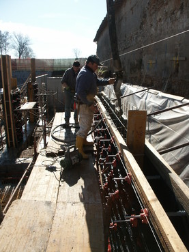 Executie, montaj Cofraje refolosibile din material plastic pentru zidari GEOPLAST - Poza 15