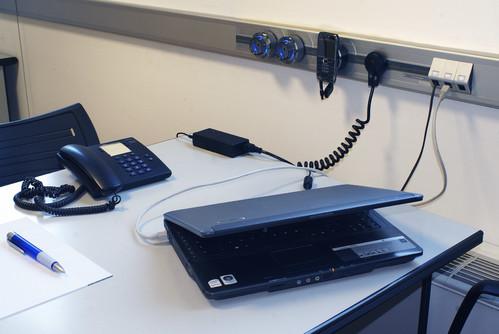 Prezentare produs Solutii de conectare pentru bucatarii, livinguri, birouri, sali de conferinta, ateliere, spatii comerciale ACCESORIA GROUP - Poza 3
