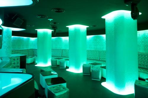 Lucrari de referinta Sistem de iluminare - Club Shade CARALUX - Poza 8