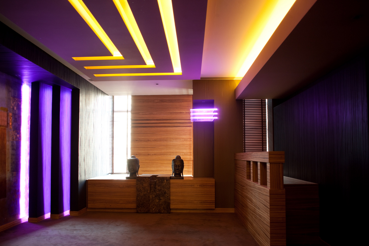 Sistem de iluminare - Hotel Howard Johnson CARALUX - Poza 10