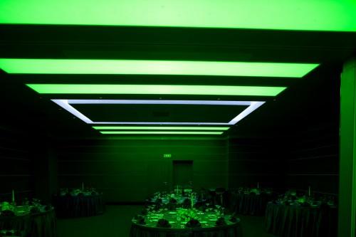 Sistem de iluminare - Hotel Ramada CARALUX - Poza 3