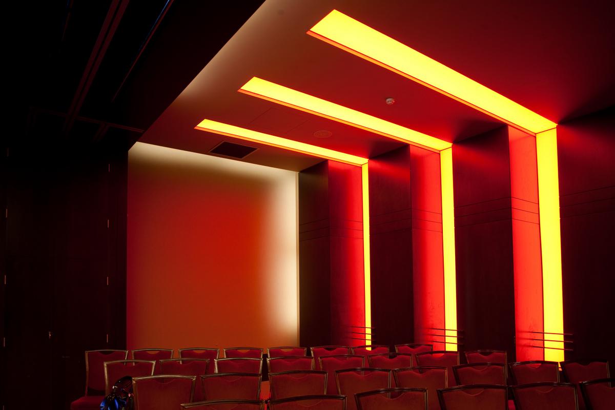 Sistem de iluminare - Hotel Ramada CARALUX - Poza 27
