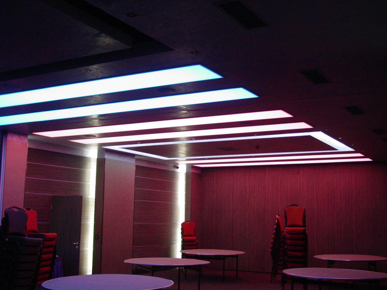 Sistem de iluminare - Hotel Ramada CARALUX - Poza 36