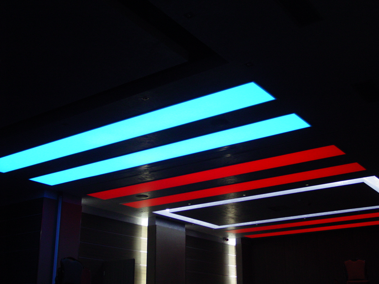 Sistem de iluminare - Hotel Ramada CARALUX - Poza 39