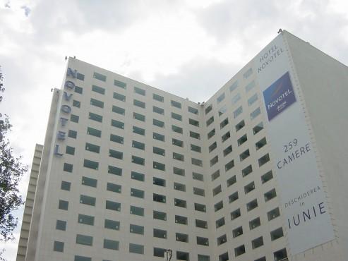 Lucrari de referinta Sistem de iluminare - Hotel Novotel CARALUX - Poza 1