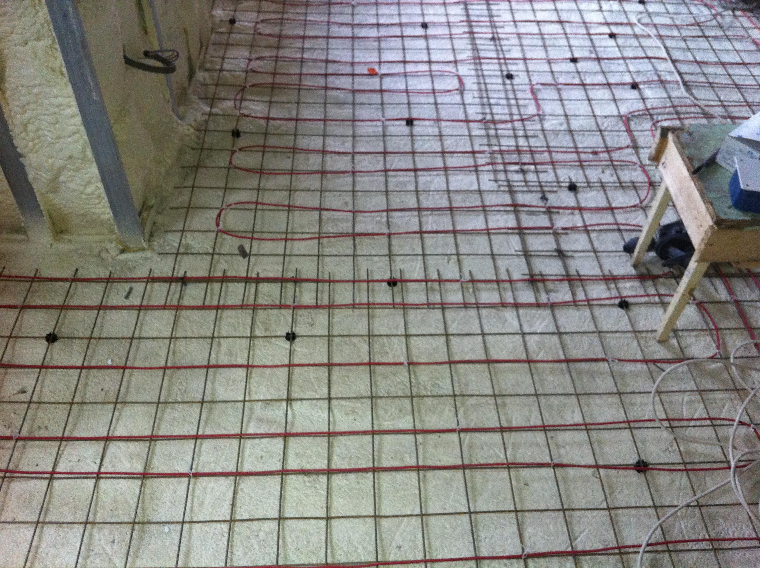 Executie termoizolatii cu spuma poliuretanica MIBAT CONSTRUCT - Poza 10