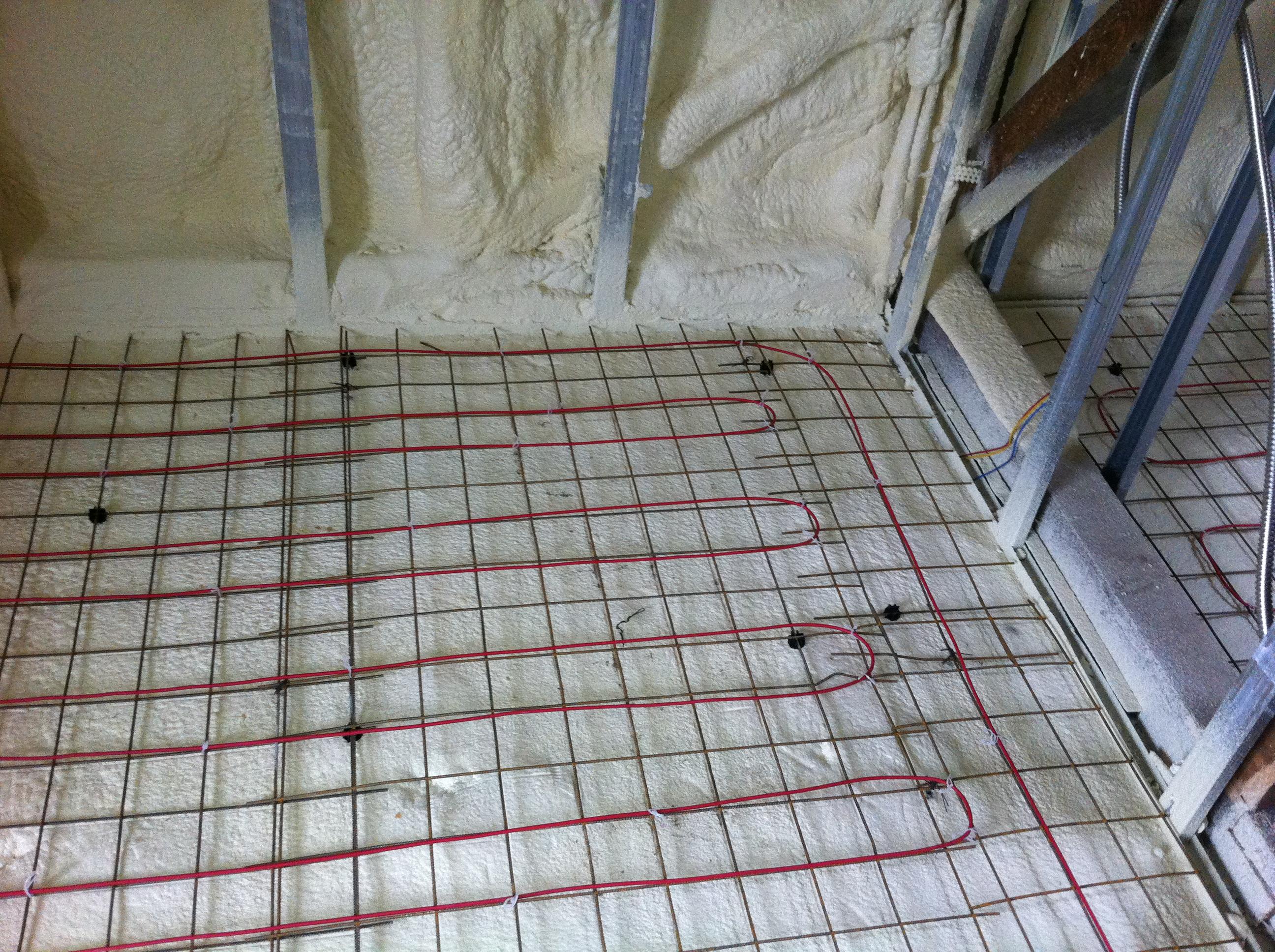 Executie termoizolatii cu spuma poliuretanica MIBAT CONSTRUCT - Poza 11