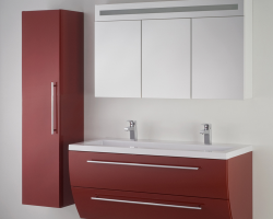 Mobilier de baie Seturile de mobilier pentru baie din MDF SANOTECHNIK cuprind dulapuri asezate sau suspendate, oglinzi, baterii, dulapuri baza pentru lavoare cat si lavoare din marmura artificiala.