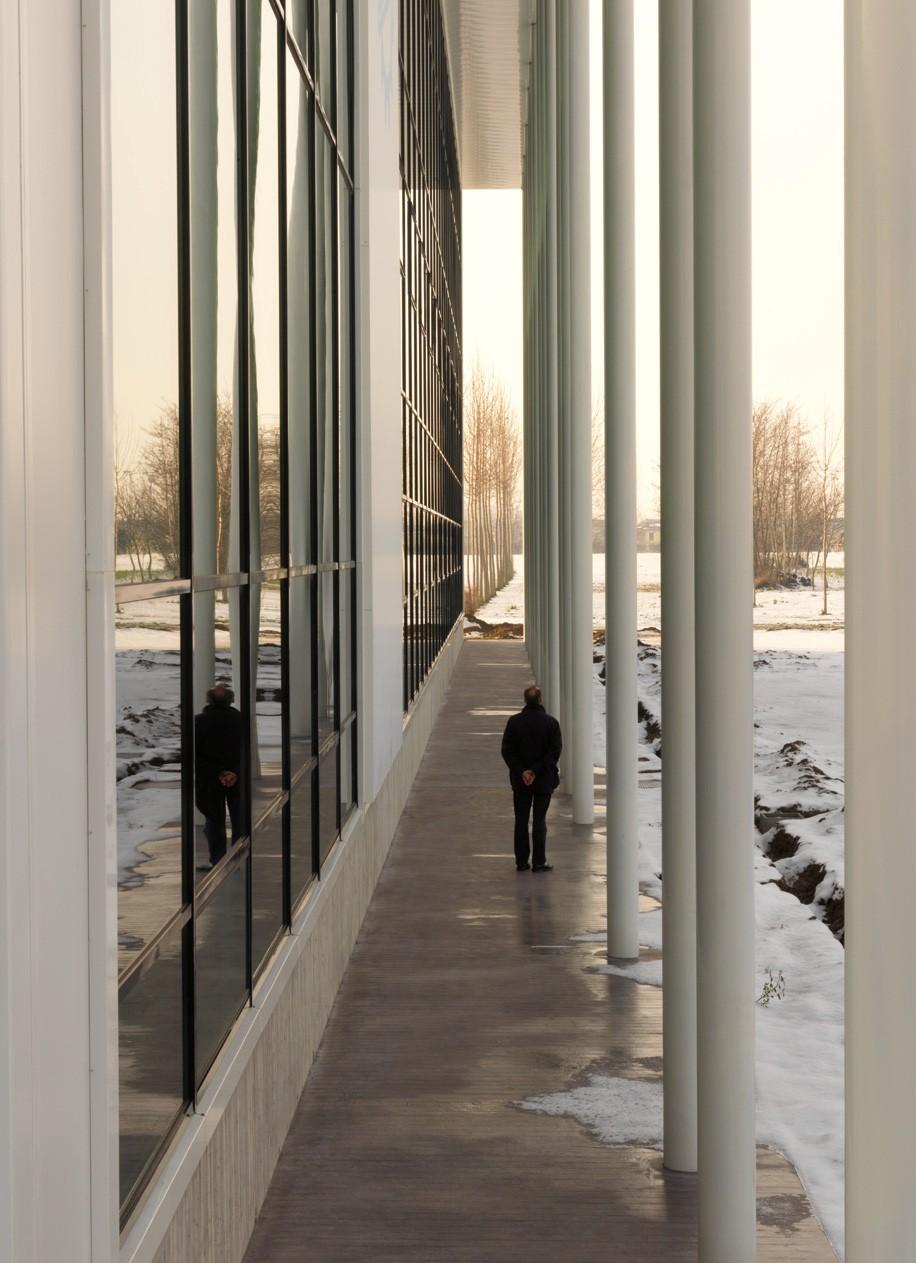 Pereti cortina lemn-aluminiu UNIFORM - Poza 4