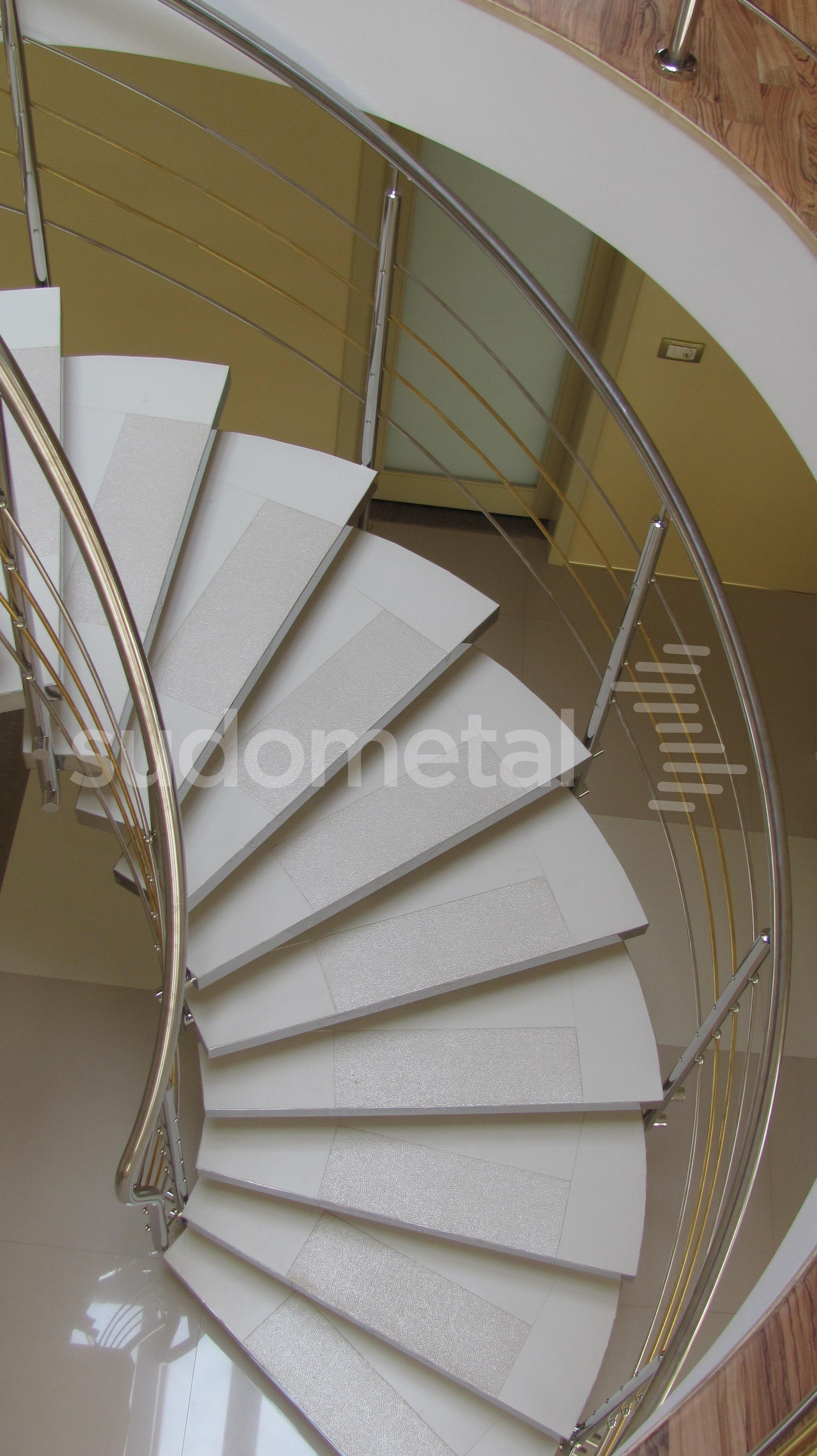 Scari cu vang central - Scara circulara casa particulara SUDOMETAL - Poza 2