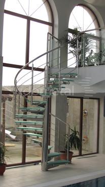 Scari spirala - Scara din inox si sticla casa particulara SUDOMETAL - Poza 1