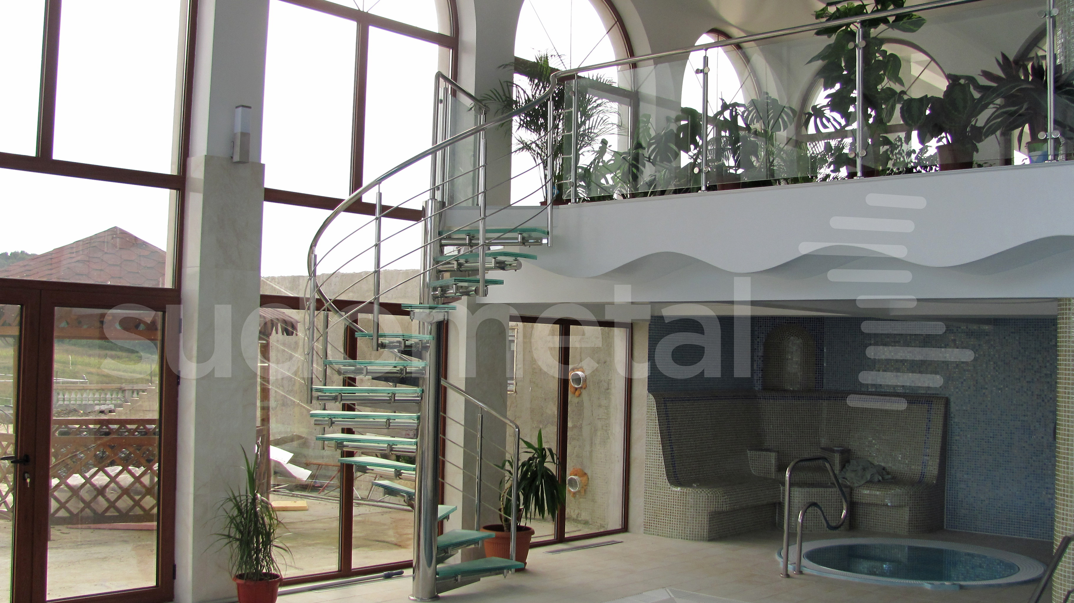 Scari spirala - Scara din inox si sticla casa particulara SUDOMETAL - Poza 2