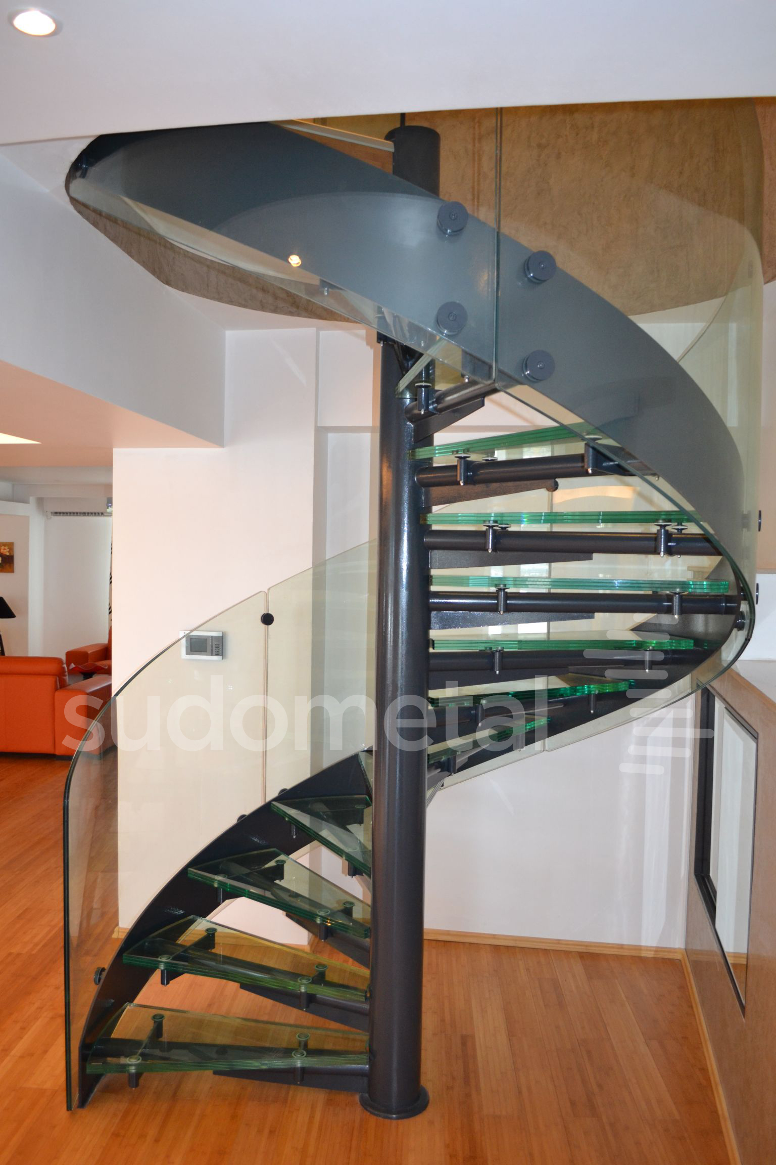 Scari spirala - Scara din sticla curba Penthouse SUDOMETAL - Poza 3