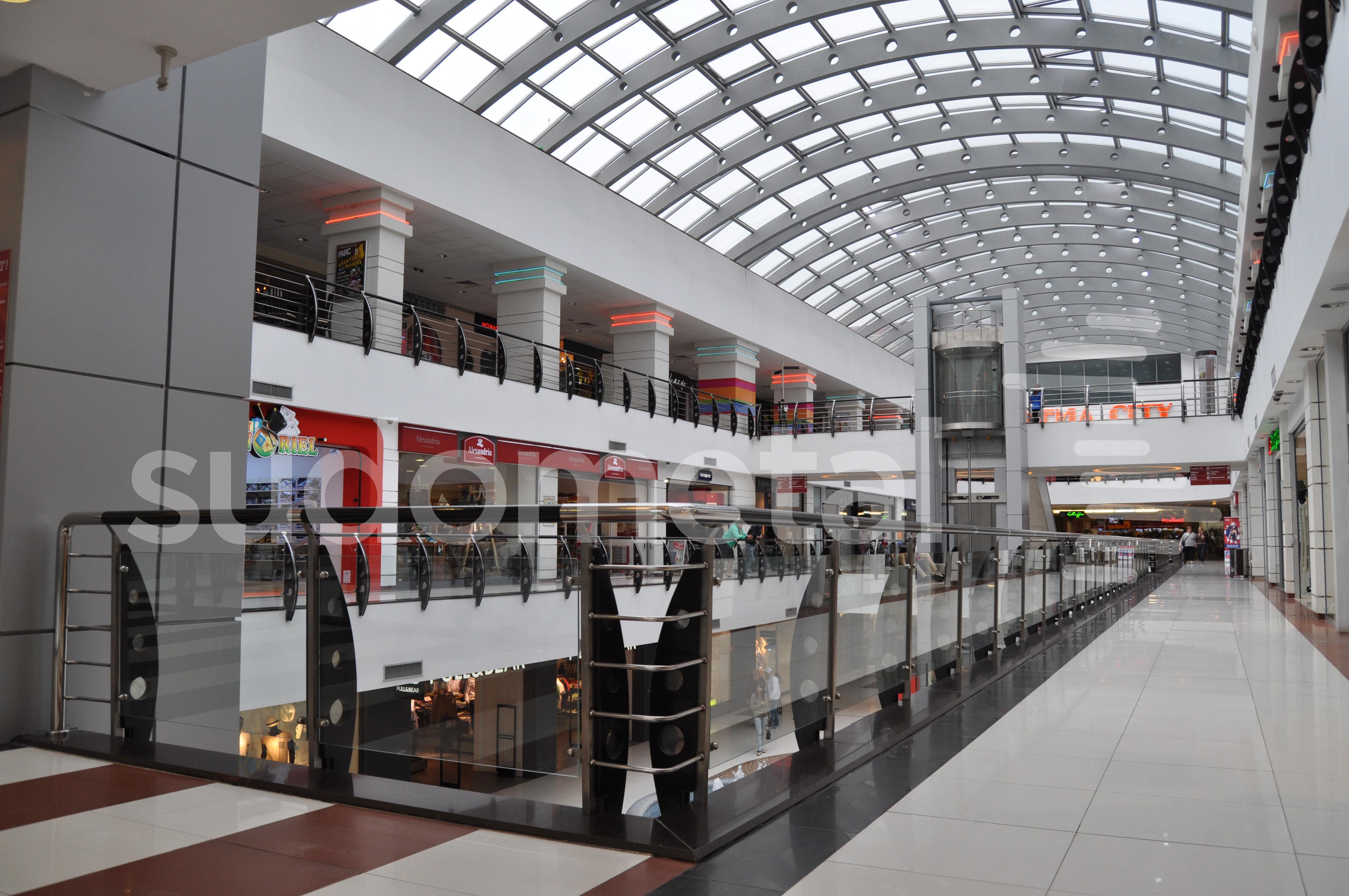 Balustrade din inox-sticla - Balustrade Arena Mall Bacau SUDOMETAL - Poza 2
