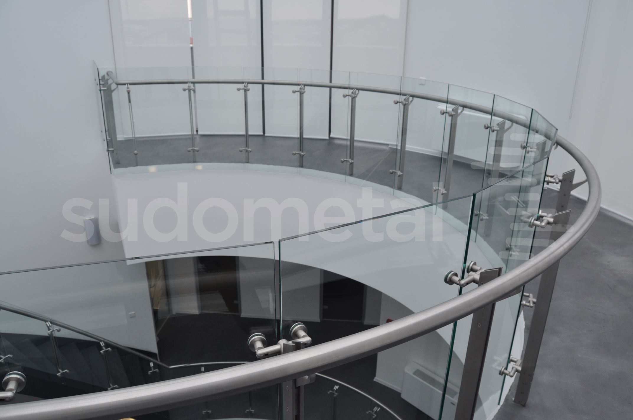 Balustrade din inox-sticla - Balustrade sediu companie SECOM SUDOMETAL - Poza 5
