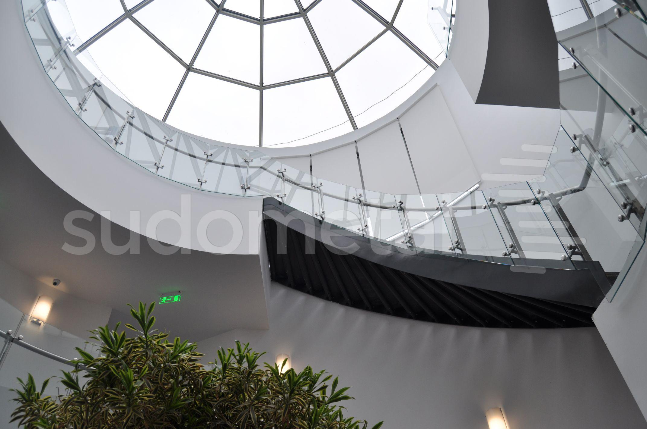 Balustrade din inox-sticla - Balustrade sediu companie SECOM SUDOMETAL - Poza 6