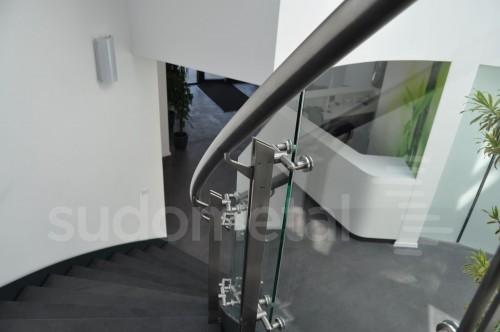 Balustrade din inox-sticla - Balustrade sediu companie SECOM SUDOMETAL - Poza 11
