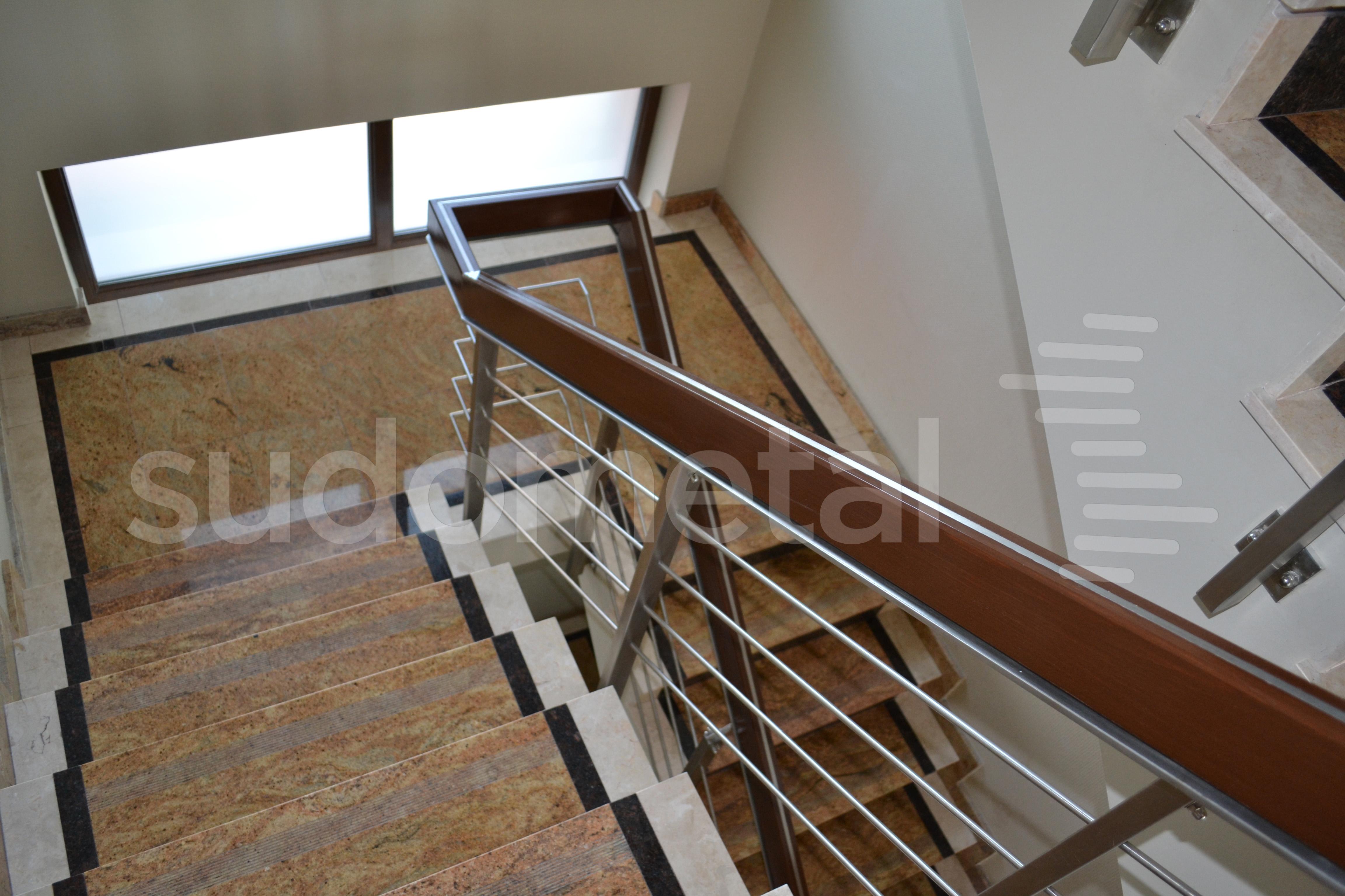 Balustrade din inox-lemn - Balustrada Hotel Tolea SUDOMETAL - Poza 1