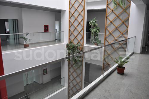 Balustrade din sticla - Balustrada cladire de birouri 30 Avenue, Bacau SUDOMETAL - Poza 1