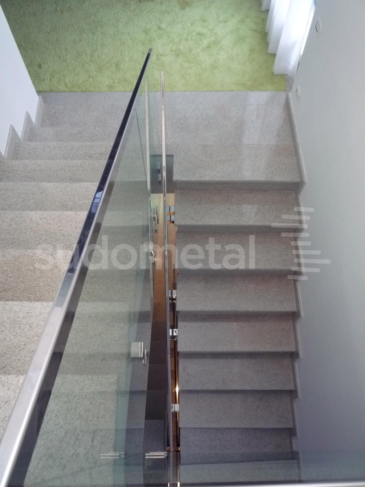 Balustrade din sticla - Balustrada casa particulara Galati SUDOMETAL - Poza 3