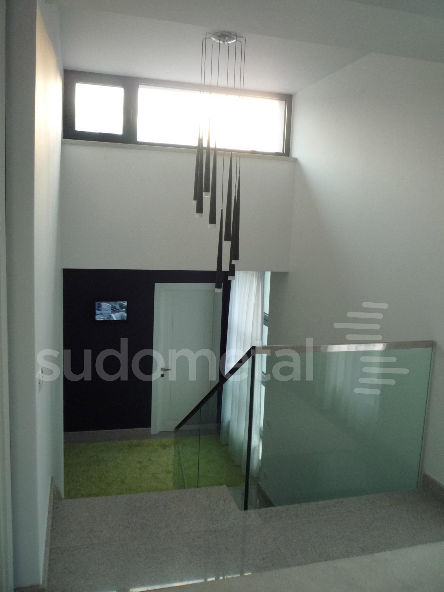 Balustrade din sticla - Balustrada casa particulara Galati SUDOMETAL - Poza 5