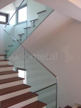 Balustrade din sticla - Balustrada casa particulara Bucuresti SUDOMETAL - Poza 2