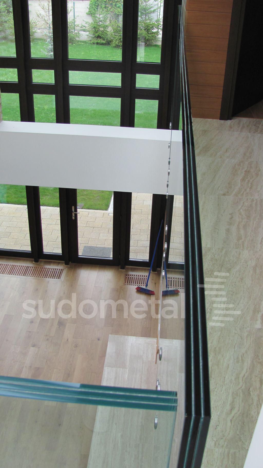 Balustrade din sticla - Balustrada din sticla tripla casa particulara Bacau SUDOMETAL - Poza 8
