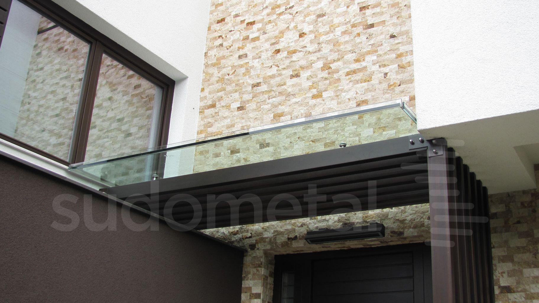 Balustrade din sticla - Balustrada din sticla tripla casa particulara Bacau SUDOMETAL - Poza 9