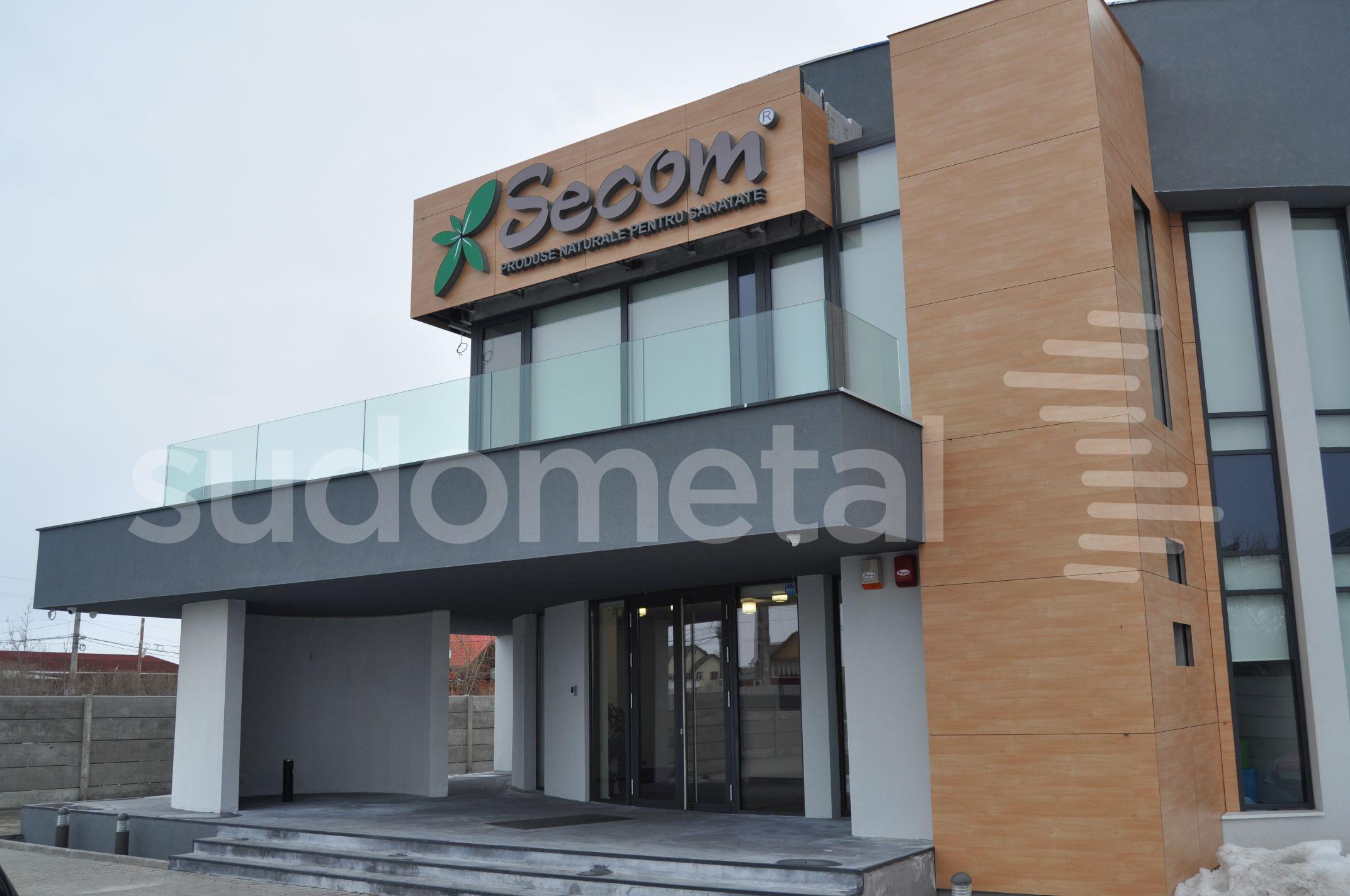 Balustrade exterioare - Balustrade terasa sediu Secom Tunari SUDOMETAL - Poza 3