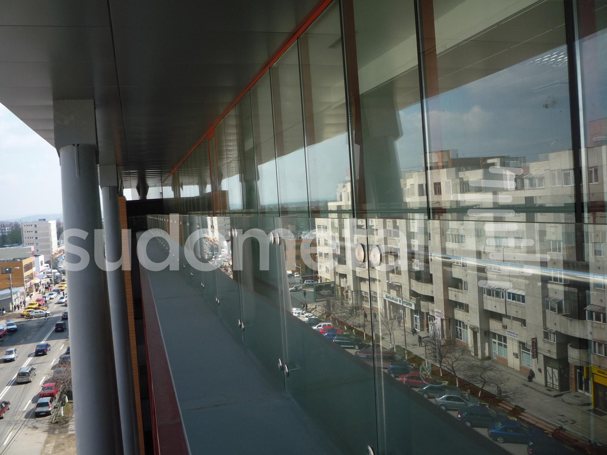Balustrade exterioare - Balustrade cladire de birouri 30 Avenue, Bacau SUDOMETAL - Poza 4