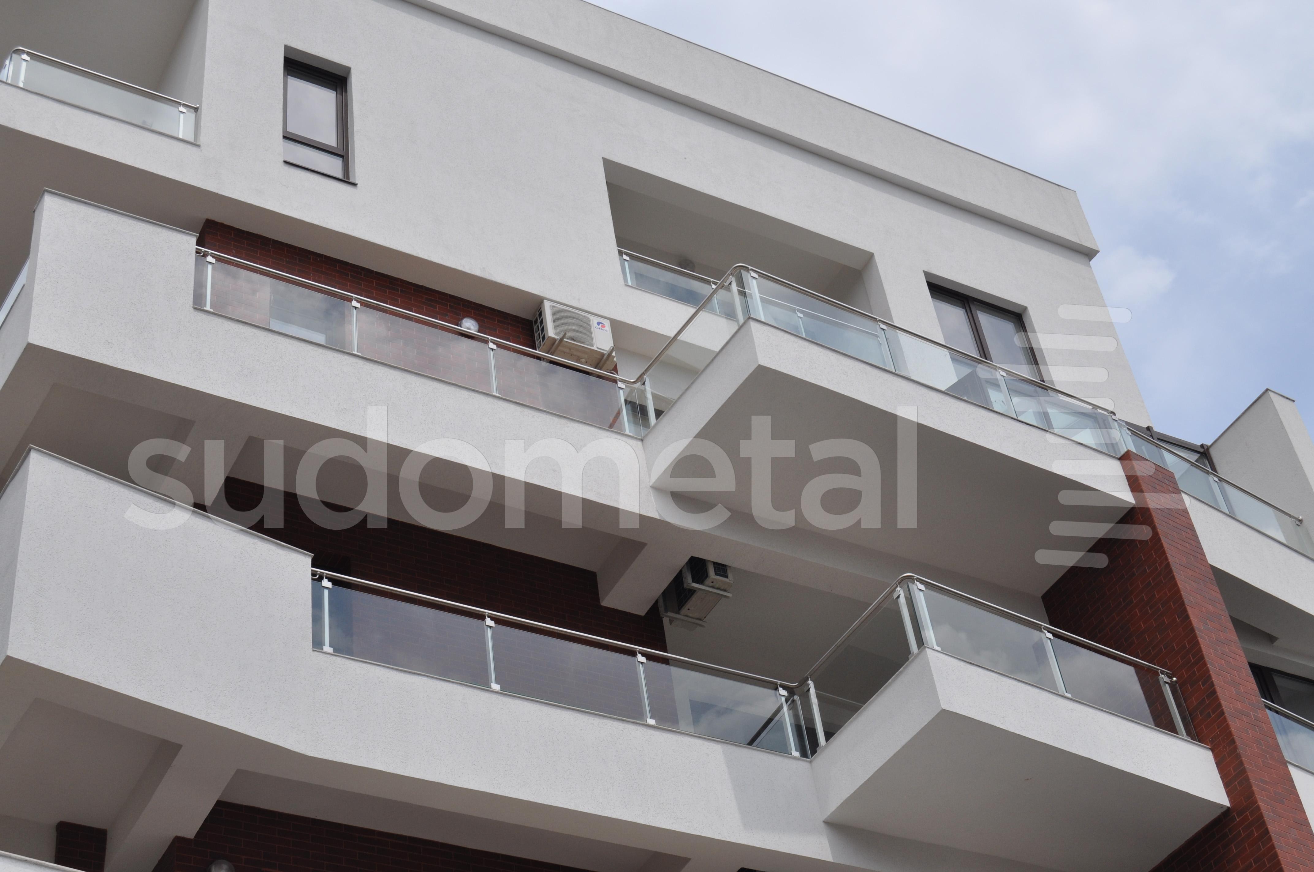 Balustrade exterioare - Balustrade Residence Inn Dorobanti, Bucuresti SUDOMETAL - Poza 2