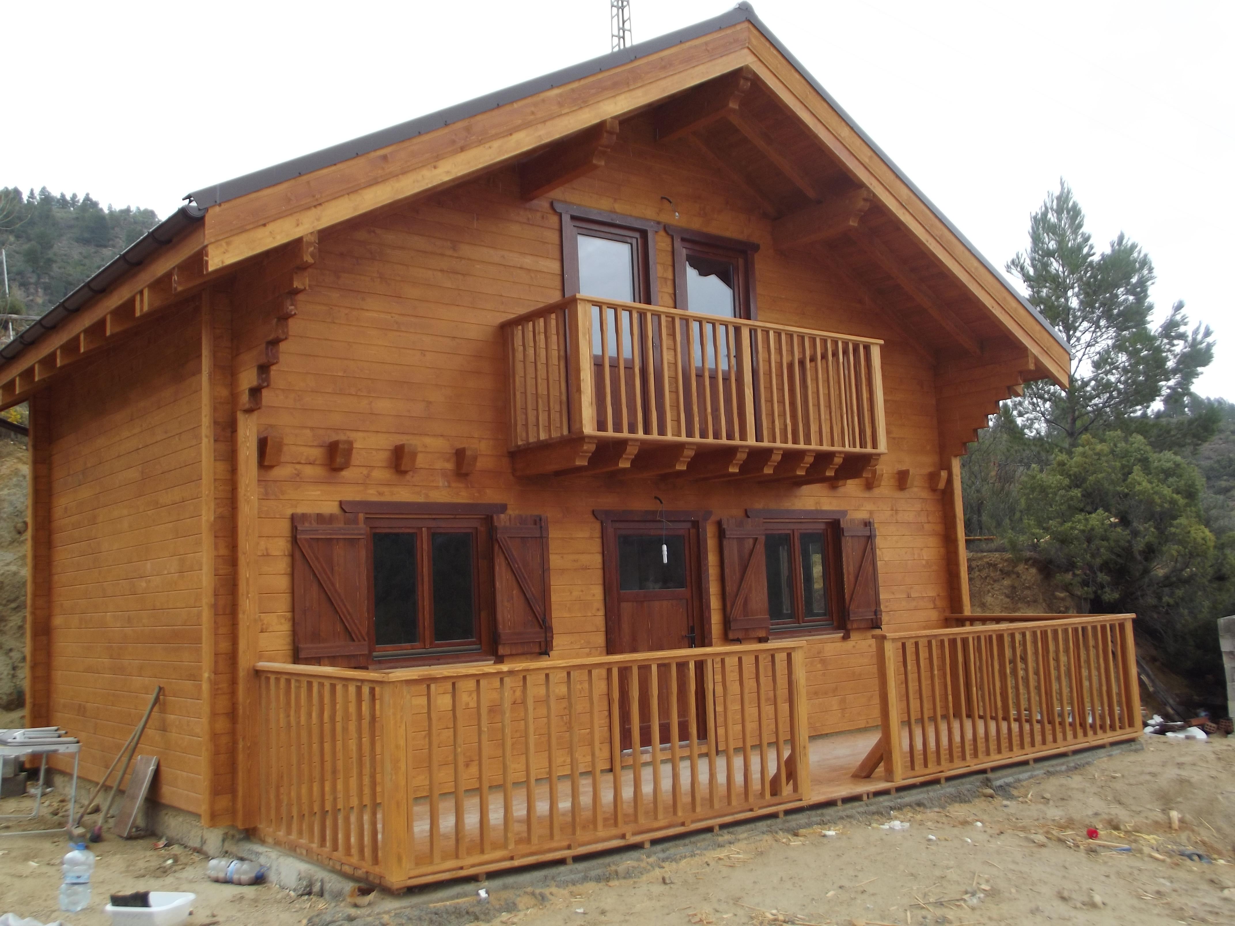 Lucrari de referinta casa din lemn dornaeco90 for Foto case americane