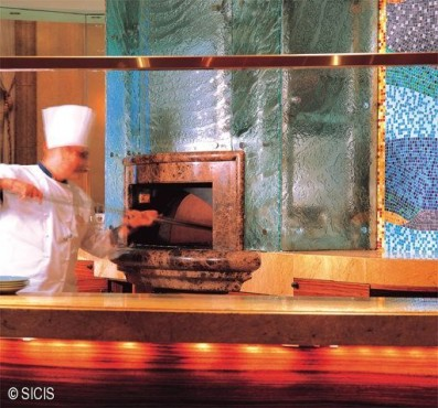 Emiratele Arabe Unite -Emirates Palace Hotel - Abu Dhabi SICIS - Poza 5