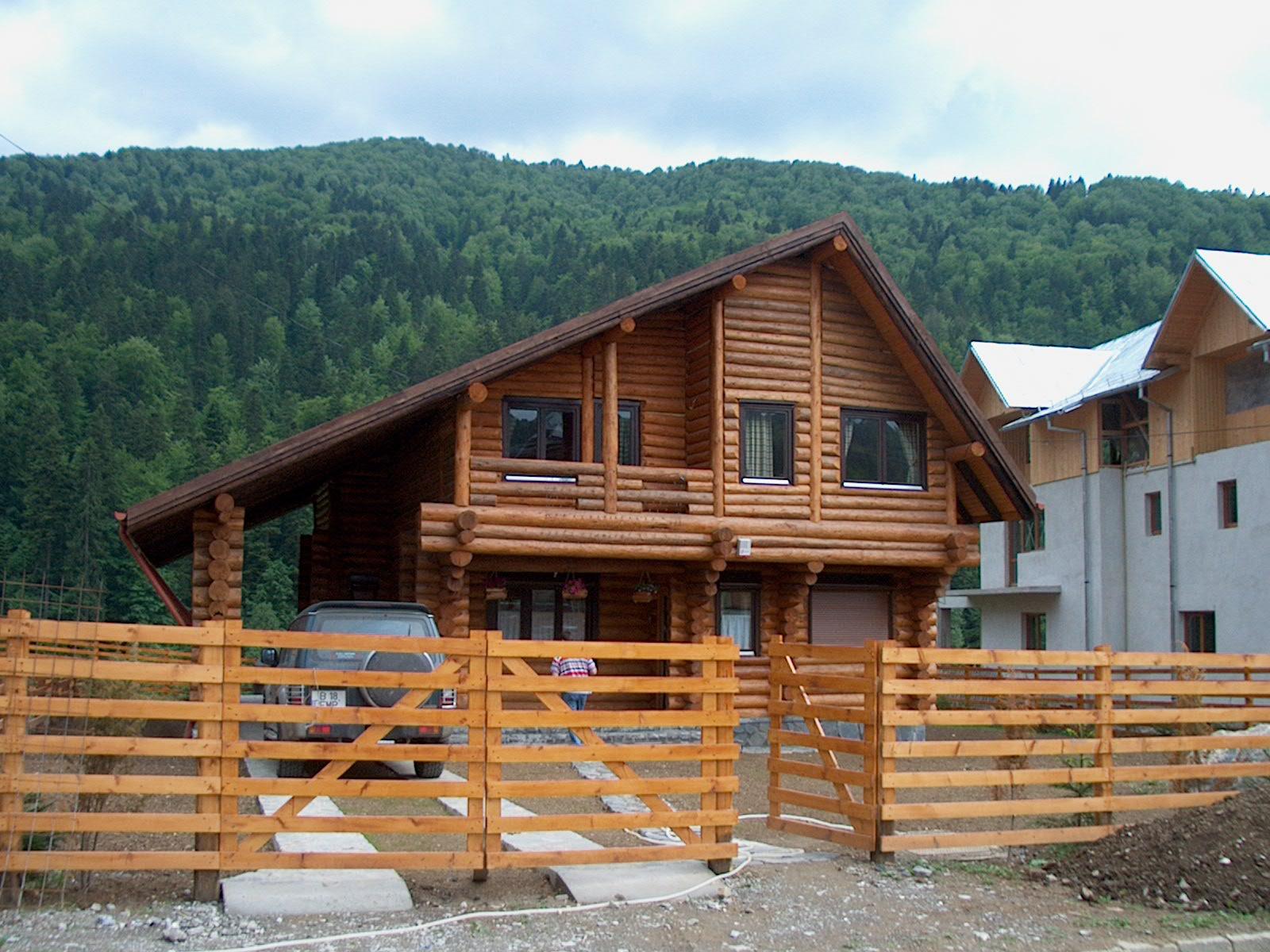 Case din lemn rotund NATURAL LIVING - Poza 14