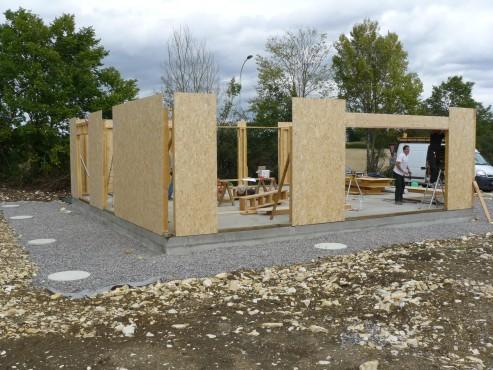 Fazele constructive ale unei case din lemn la cheie NATURAL LIVING - Poza 8
