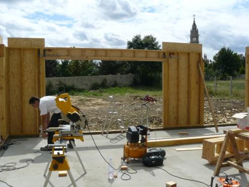 Fazele constructive ale unei case din lemn la cheie NATURAL LIVING - Poza 14
