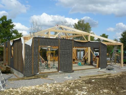 Fazele constructive ale unei case din lemn la cheie NATURAL LIVING - Poza 19